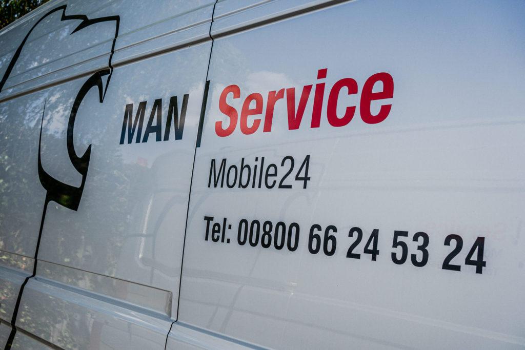 MAN mobile service 24 vehicle for Ring Road Garage
